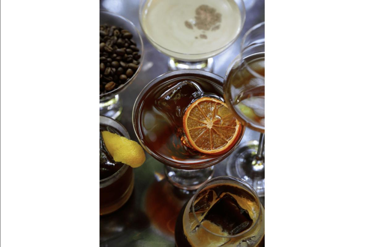 バカルディ・藤屋御本陳・丸山珈琲が長野の恵みを愛でる妖艶なコーヒーカクテルを開発のアイキャッチ