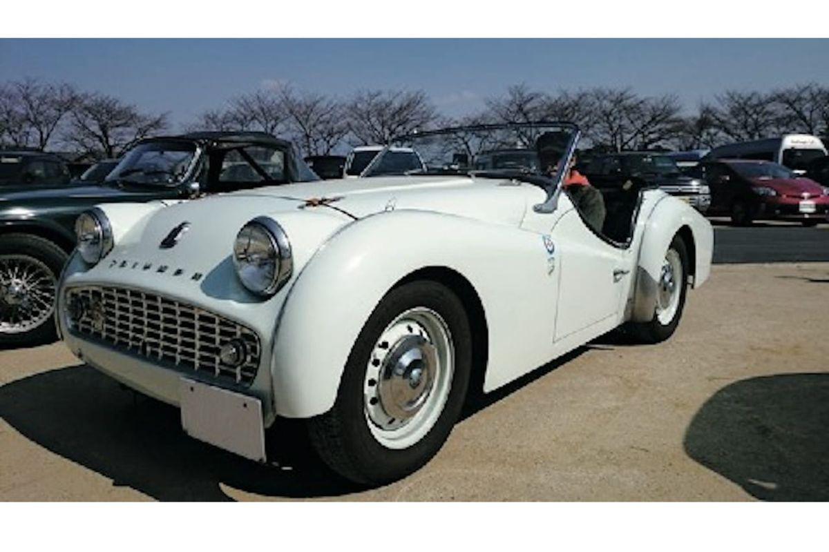 思いのほか維持は楽。比較的パーツが多い英国車「トライアンフTR3A 」(1958年/イギリス)|憧れのクラシックカースタイルのアイキャッチ