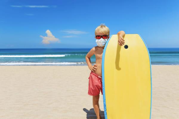 「マスクだけじゃない!Tシャツも抗菌・抗ウイルス・防臭のトリプル対策。シンプルなのに高機能白Tシャツがこの夏ヘビロテの予感」のアイキャッチ画像