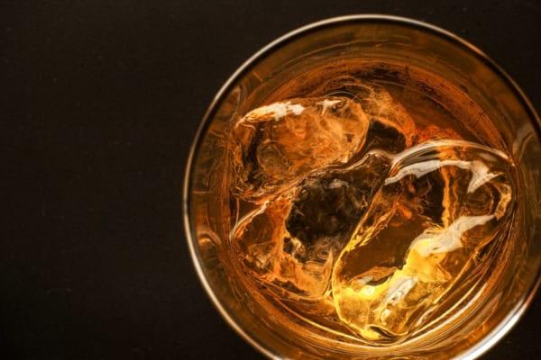 「ウイスキー初心者に知ってほしい|これだけは覚えておきたい酒の用語辞典/ウイスキー編」のアイキャッチ画像
