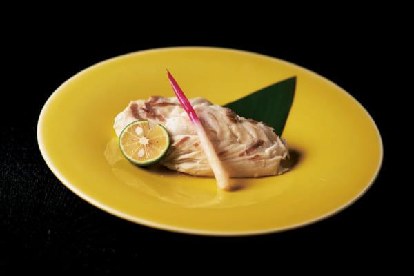 「瀬戸内の伝統食が独自の製法で復活「天然 鯛の濱焼き」<香川県・おさかな工房まるせん>|焼酎・泡盛に合うお取り寄せ酒肴」のアイキャッチ画像
