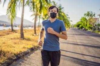 「【2021最新版】スポーツマスクのおすすめ12選|通気性や接触冷感など季節に合わせた選び方」のアイキャッチ画像