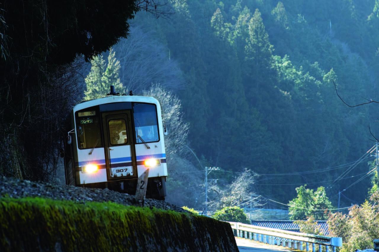 108.1km、本州最長となった廃止路線「JR三江線」(島根県・広島県/江津~三次)|失われたローカル線のアイキャッチ
