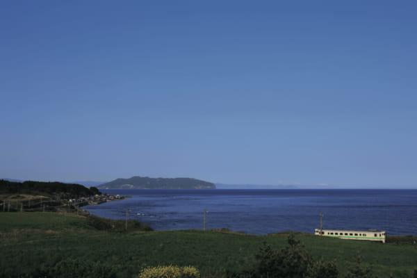 「海や山の美しい車窓風景が楽しめた路線「JR江差線」(北海道/五稜郭~江差)|失われたローカル線」のアイキャッチ画像