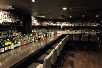 「「西の聖地」はアイリッシュに注目!「Bar Main Malt」(兵庫・神戸)|こだわりの空間で酔いしれる 一度は訪れたいウイスキーの名店」のアイキャッチ画像