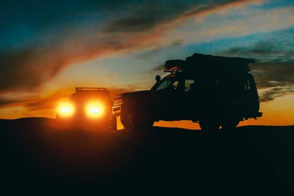 「キャンプで乗りたい車おすすめ17選!積載たっぷり&車中泊も」のアイキャッチ画像